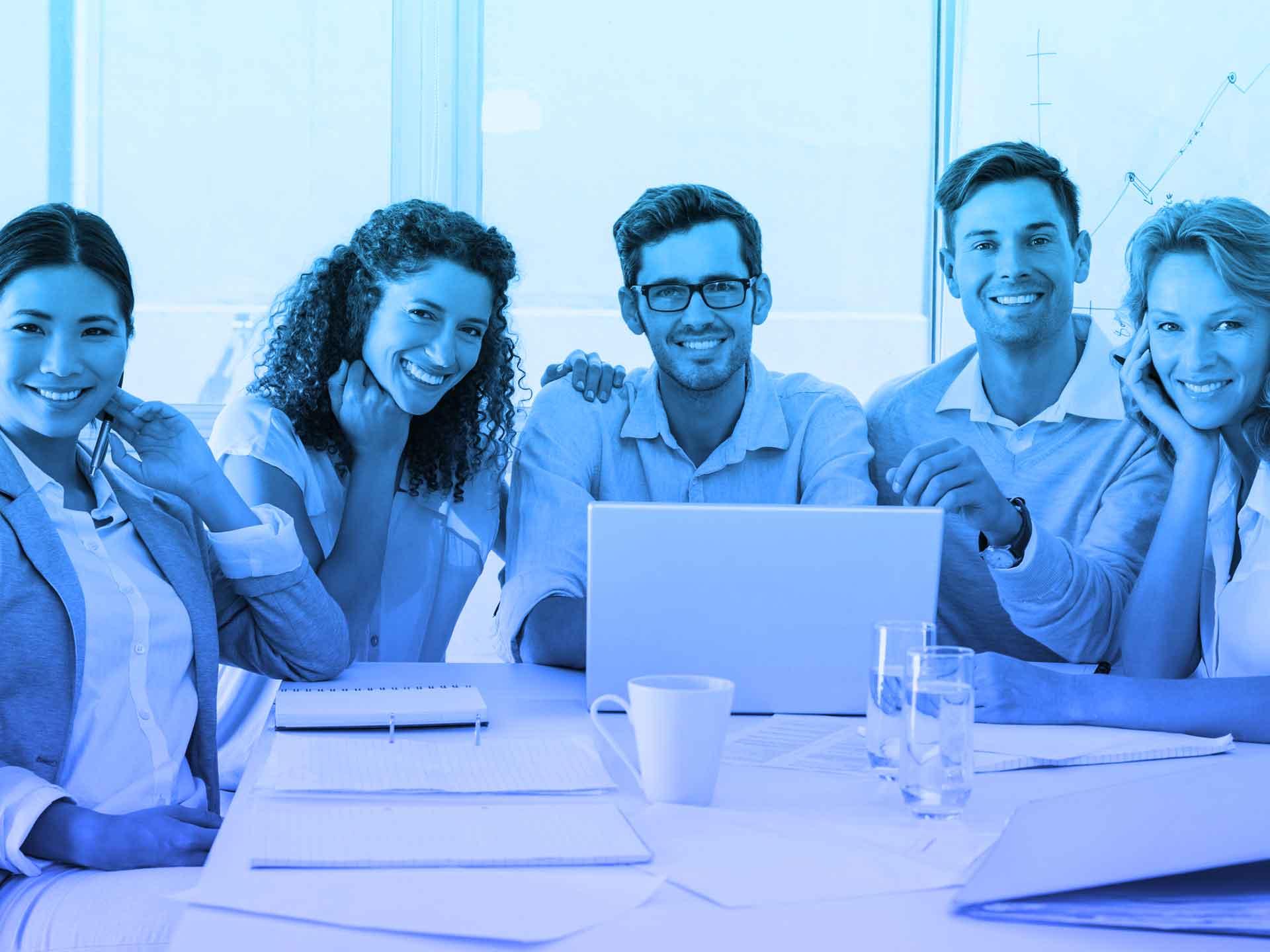 Microsoft Dynamics 365 Customer Service bietet leistungsstarke Werkzeuge für Ihre Mitarbeiter