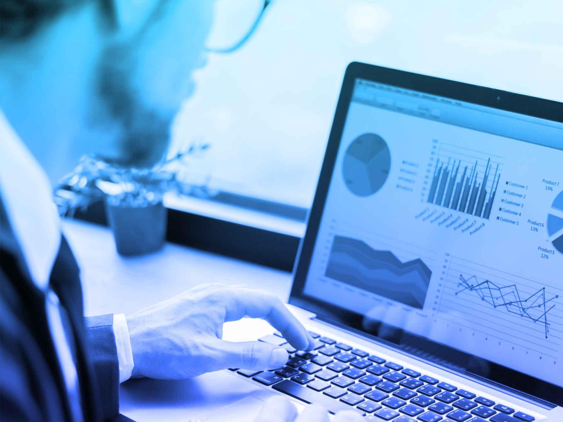 Microsoft Dynamics 365 Customer Service services intelligence