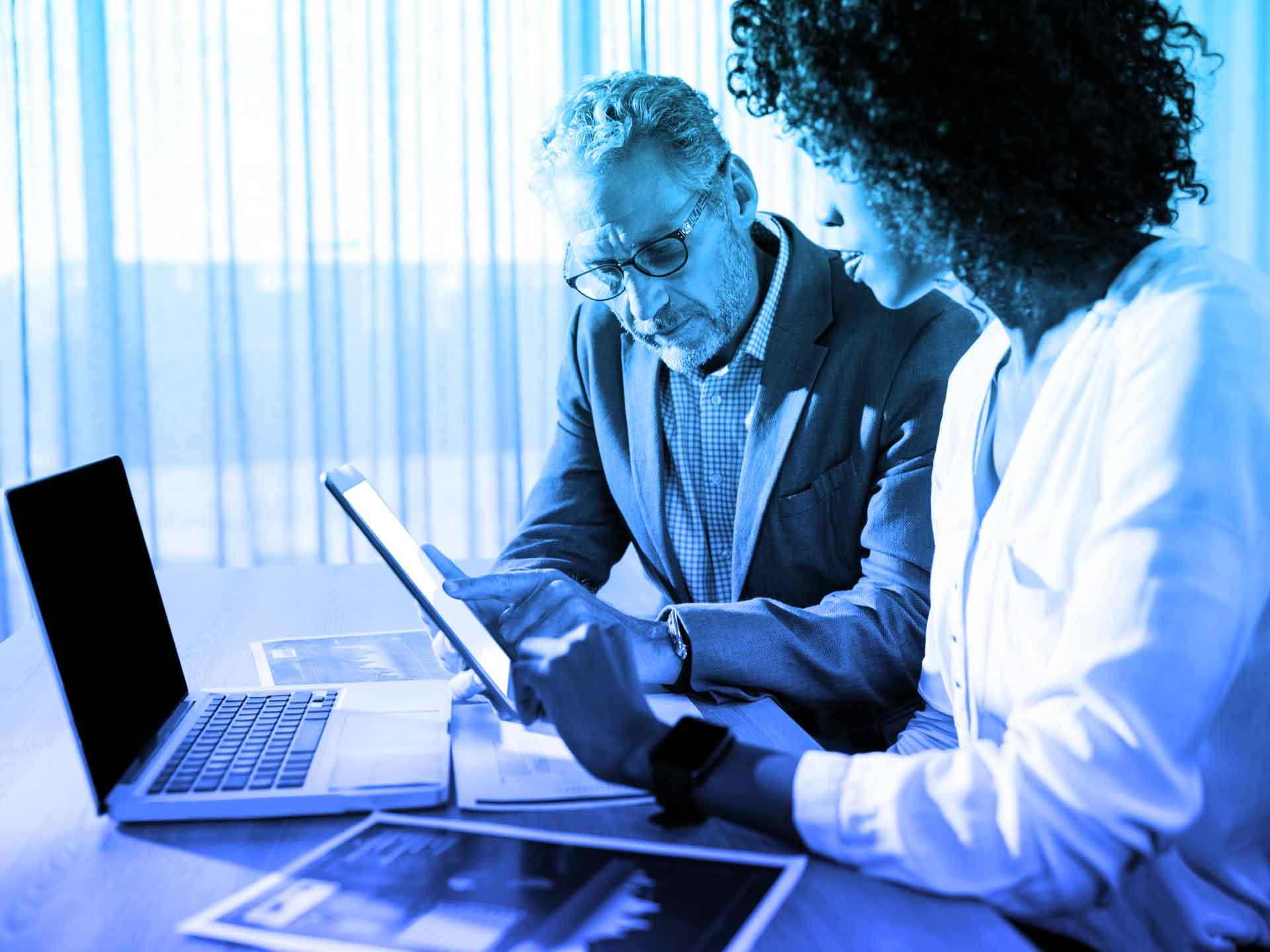 Vendez plus intelligemment et améliorez le service client avec l'ERP Microsoft